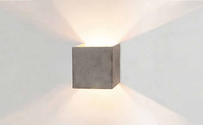 Boxo Wall Light